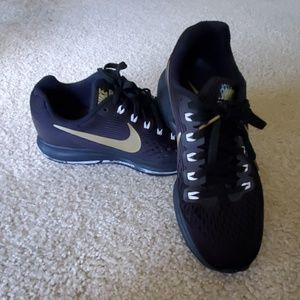 Nike Zoom Pegasus 34 Shoes - Black/Gold